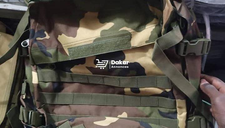 Des sacs militaires à vendre