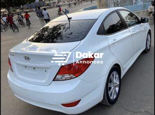 Hyundai accent en vente