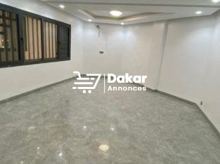 Appartements à louer aux Mamelles cité cheikh Amar
