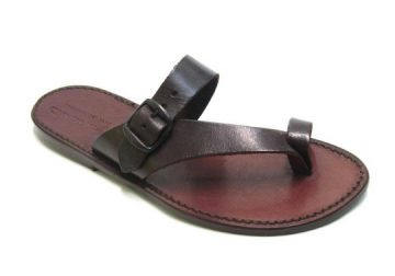 vente de chaussures MADE IN NGAYE MEKHE