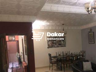 Maisons de 6 Chambres à vendre à Ouakam